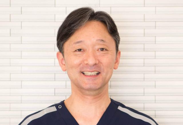 【院 長】 村岡  義宏
